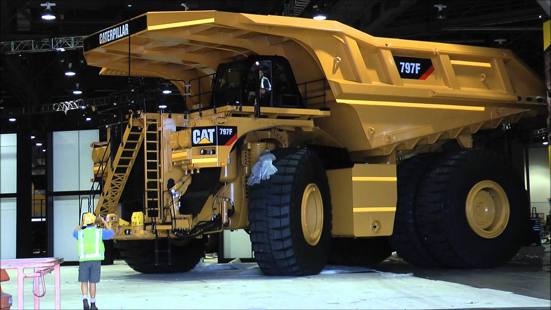 Znáte největší nákladní auto světa?