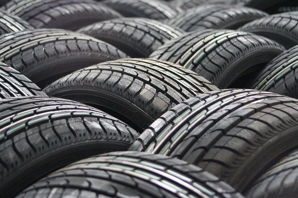 Rychlostní indexy na pneumatikách