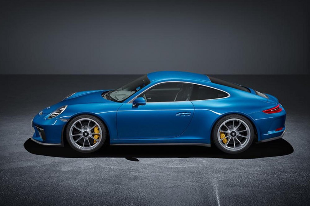 15 fotek + video nového Porsche ve stylu 911 GT3 Touring Package